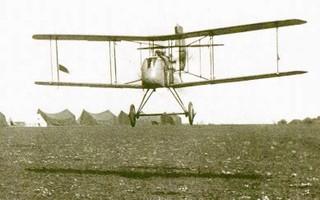 Havilland Airco DH2 tijdens het landen