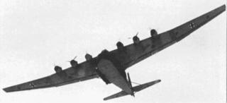 """Een Messerschmitt Me 323 """"Giant"""" boven Normandie 1943"""