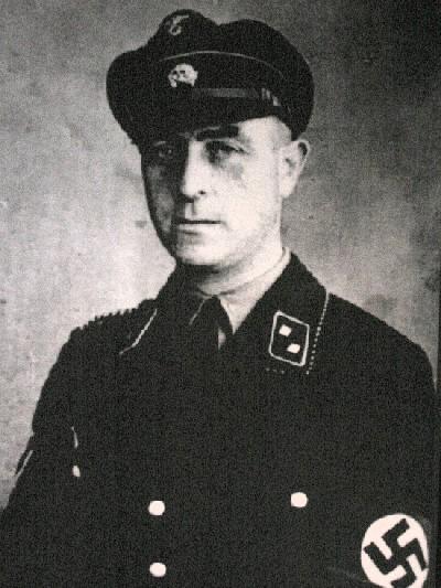Philipp Schmitt - Kamp commandant